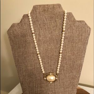 1928 Pearl Goldtone Necklace